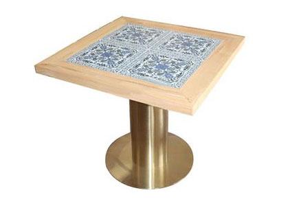黄铜色不锈钢圆形底座_东南亚风餐桌_西餐厅方形