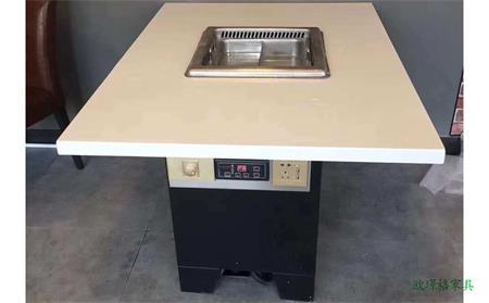 带电磁炉的火锅桌