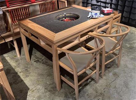 中式老火锅实木火烧石八仙桌