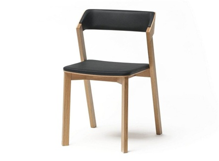 西餐厅现代简约风格实木靠背椅