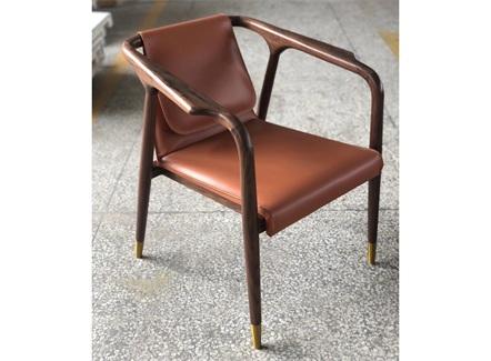 西餐厅甜品店简约实木皮革椅子