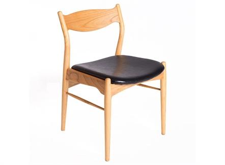西式餐厅现代简约皮软包实木靠背椅