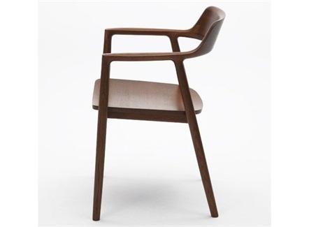 西式餐厅胡桃色带扶手靠背椅子