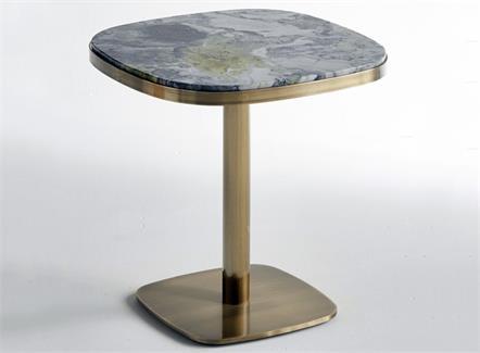 西餐厅洽谈室不锈钢极简桌子