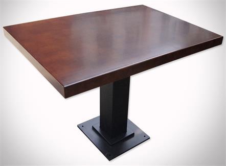 铁艺实木餐桌_中餐厅酒