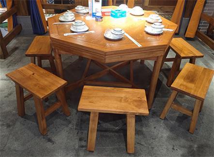 餐饮店中式饭店原木仿古实木桌椅
